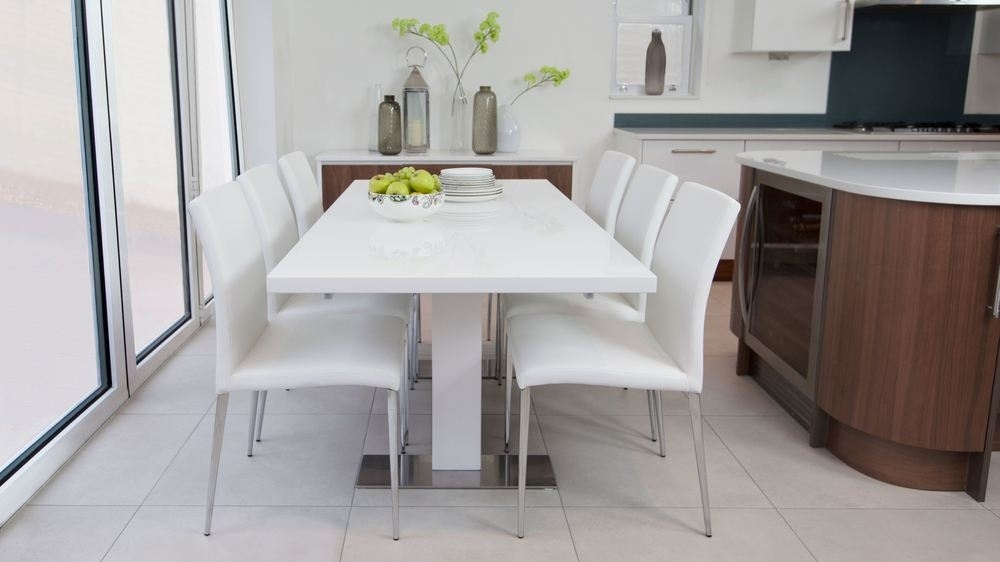 Sanza Small Extending White Gloss Dining Table | Uk Within White Extending Dining Tables And Chairs (Image 14 of 25)