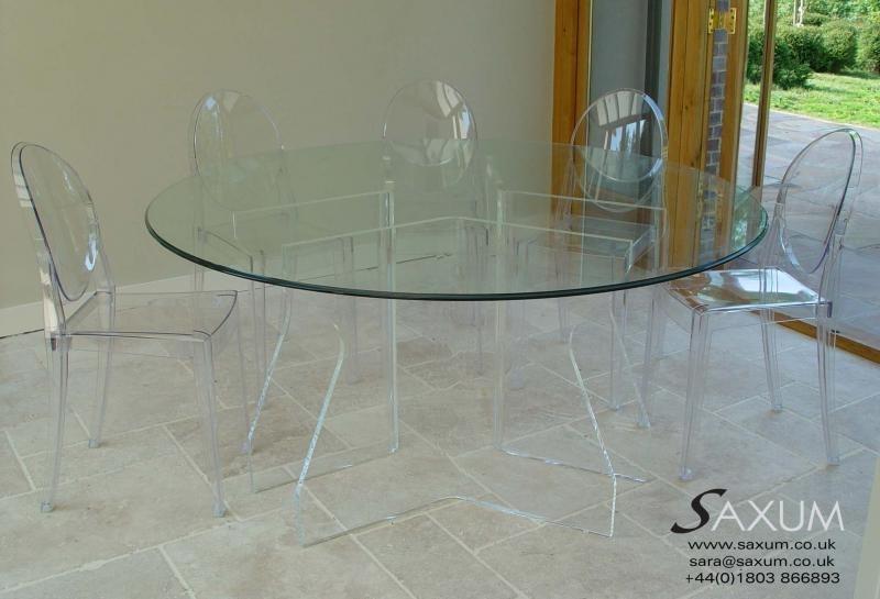 Saxum Portfolio Inside Acrylic Round Dining Tables (View 13 of 25)