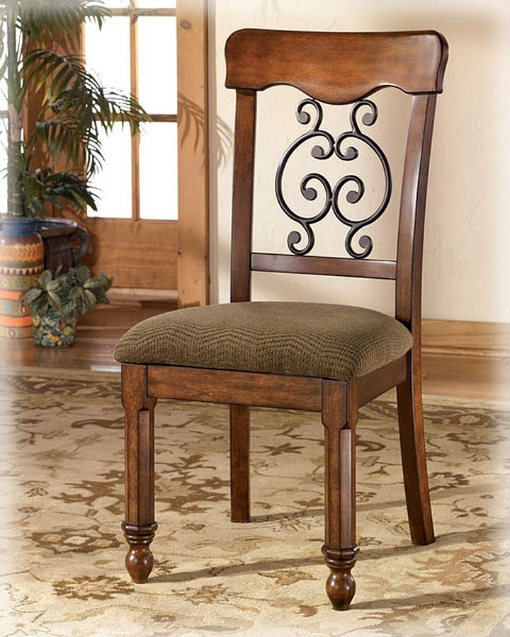 Signature Designashley D429 02 Side Chair Wyatt At Sutherlands In Wyatt 6 Piece Dining Sets With Celler Teal Chairs (Image 18 of 25)