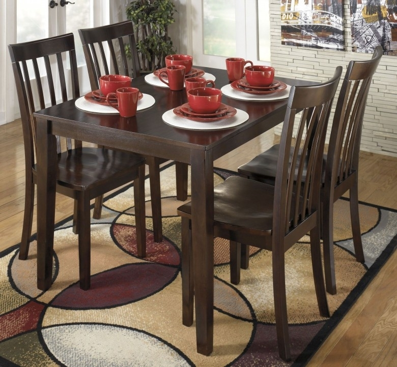 Signature Designashley Hyland 5 Piece Casual Dining Set – Hyland Regarding Hyland 5 Piece Counter Sets With Bench (View 3 of 25)