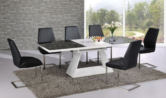 Silvano Extending Black White High Gloss Contemporary Dining Table For Contemporary Dining Tables (Image 23 of 25)
