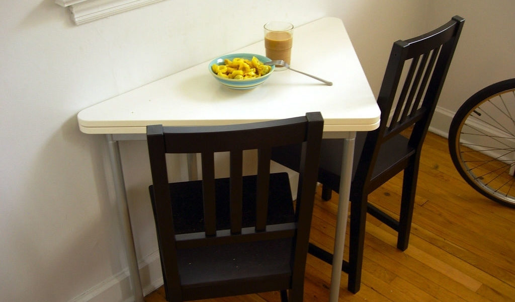 Small Dining Room Tables For Limited Space – Grezu : Home Interior Throughout Small Dining Tables And Chairs (View 15 of 25)
