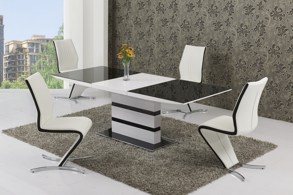Small Glass White High Gloss Extendable Dining Table And 4 Chairs Intended For Extendable Dining Tables And 4 Chairs (Image 19 of 25)