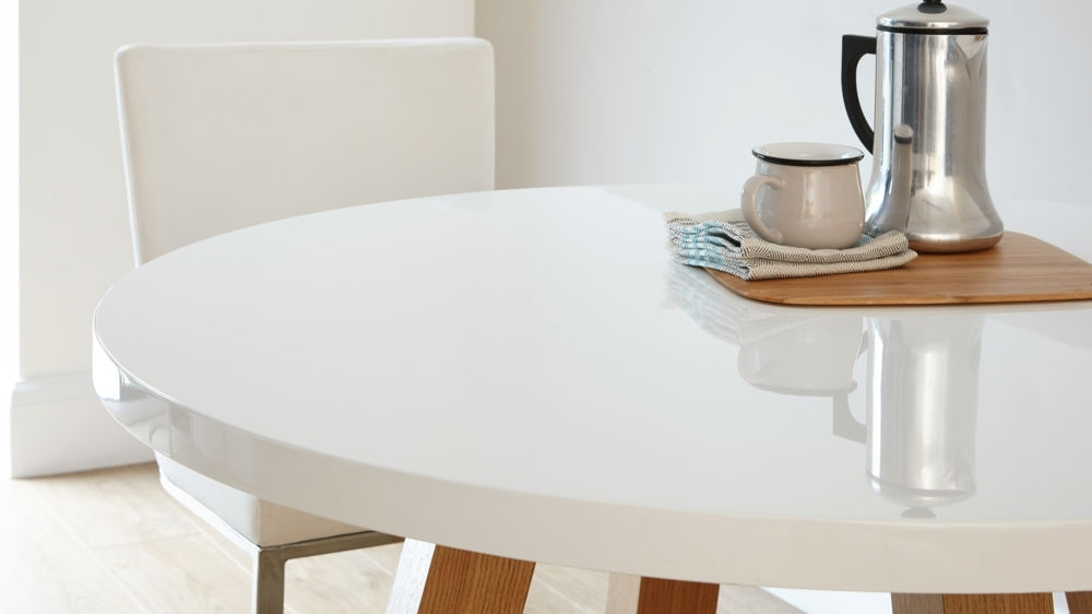 Small Round Dining Table For 4: Review Of 10+ Ideas In 2017 With Small Round White Dining Tables (Image 13 of 25)