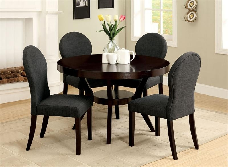 Small Round Dining Table Set – Castrophotos Throughout Black Circular Dining Tables (Image 23 of 25)