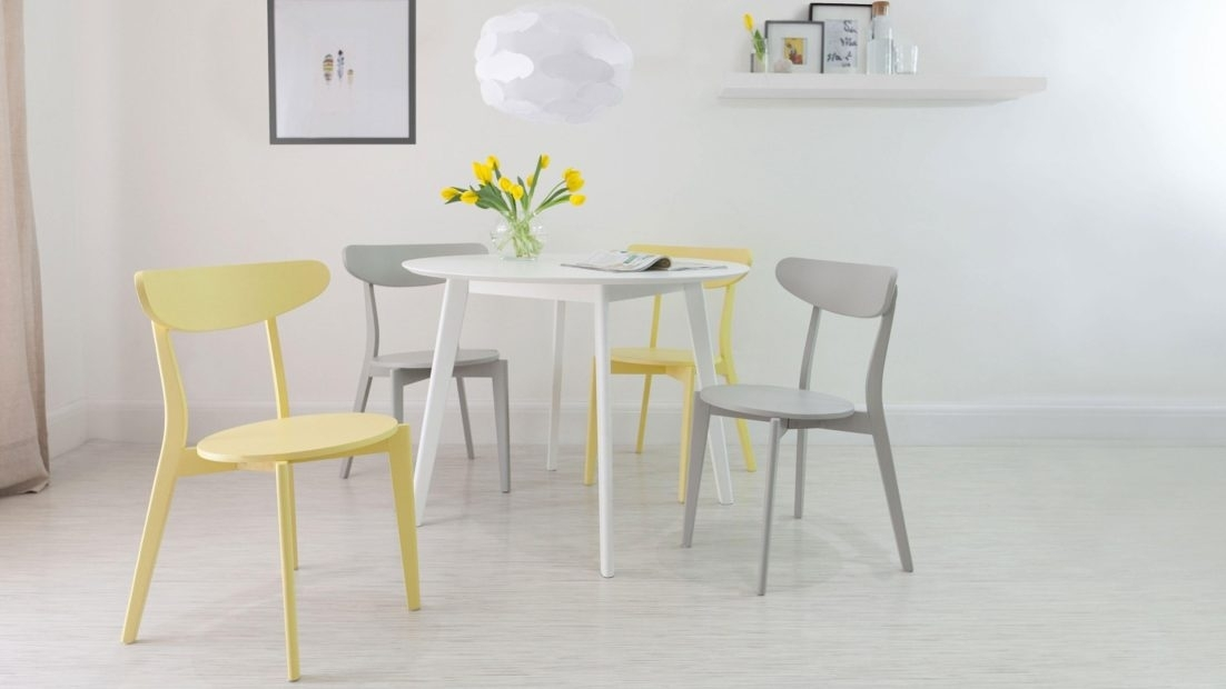 Small Round Kitchen Table 4 Seater White Dining And Modern Chairs With Small Round White Dining Tables (Image 14 of 25)