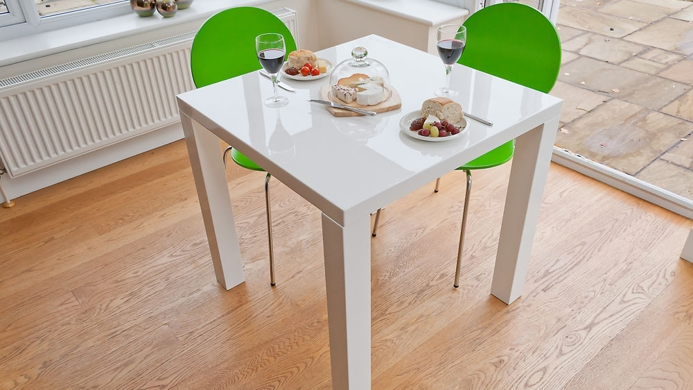Small White Dining Table Set – Castrophotos In Small White Dining Tables (View 11 of 25)