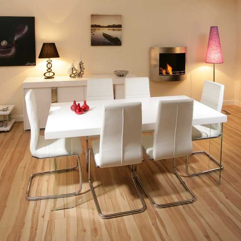 Stunning Dining Set White Gloss Table 6 White Modern Chairs, White For White Dining Tables And 6 Chairs (Image 19 of 25)
