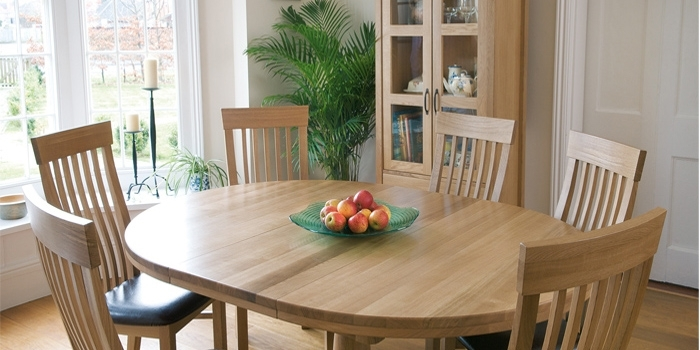 Tch Windsor Oak Furniture Dining Room & Kitchen Tables – Furniture With Oak Furniture Dining Sets (Image 24 of 25)
