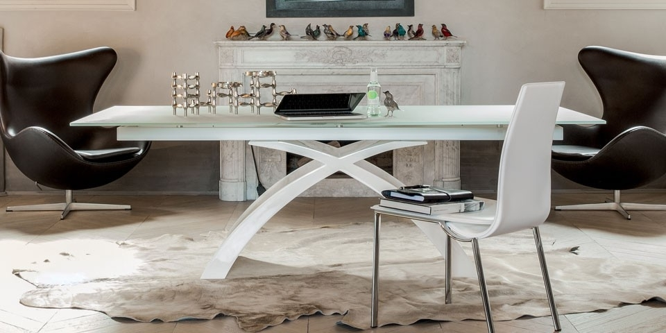 Tonin Casa Tokyo Extra Clear White Top W/ Shiny White Base – Small Inside Shiny White Dining Tables (Image 23 of 25)