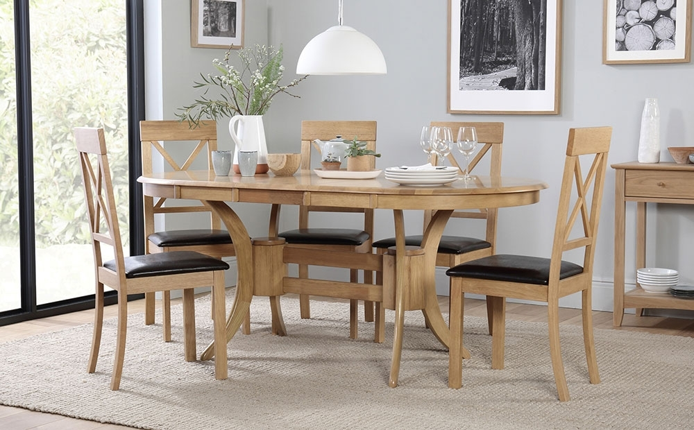Townhouse & Kendal Oval Oak Extending Dining Table & 4 6 Chairs Set Pertaining To Oval Oak Dining Tables And Chairs (View 25 of 25)