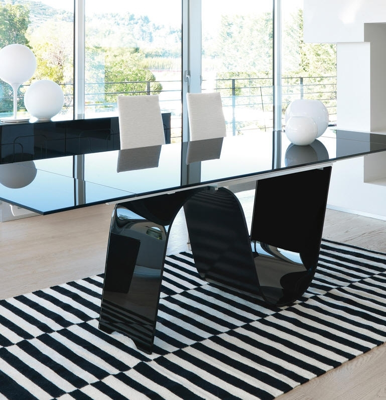 Unico Contemporary Rectangular Infinity Extending Glass Dining Table With Extendable Glass Dining Tables (Image 24 of 25)