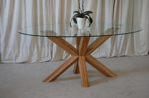 Venice 4Ft6 Round Glass And Oak Dining Table For Round Glass And Oak Dining Tables (Image 25 of 25)