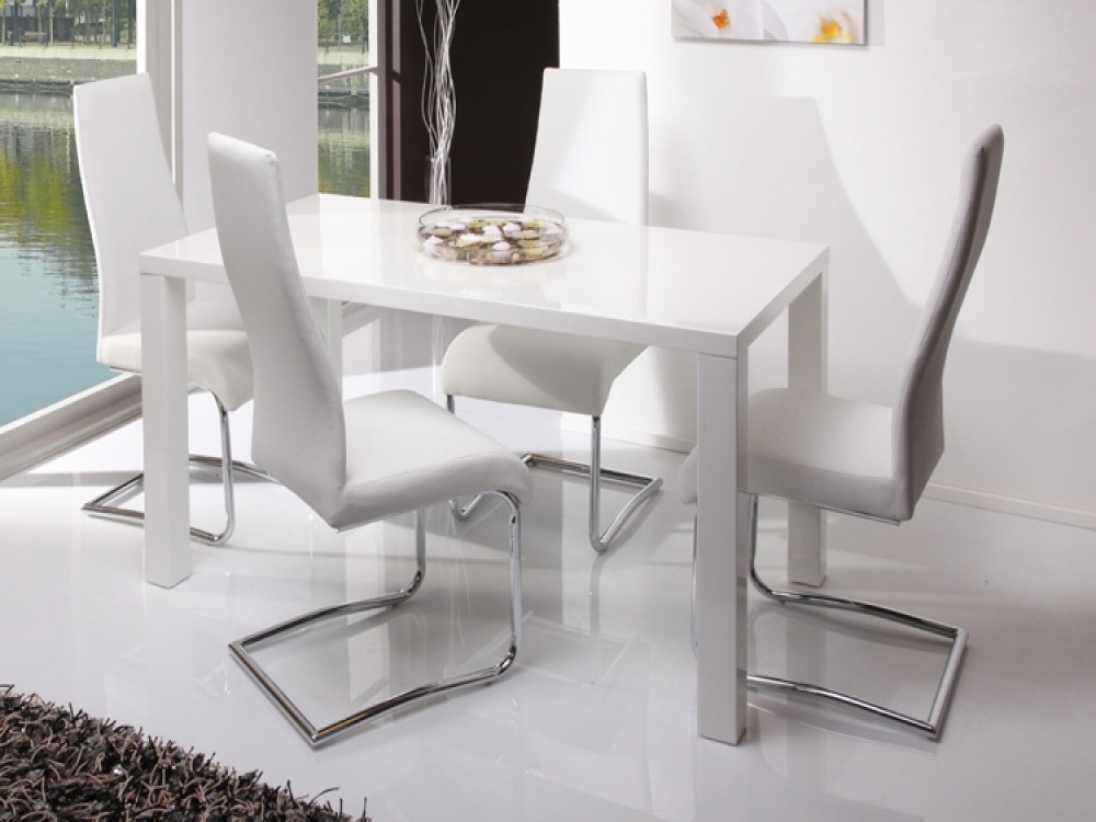 White Dining Table Set Amazing White Gloss Kitchen Table – Home Inside Gloss Dining Tables Sets (View 20 of 25)