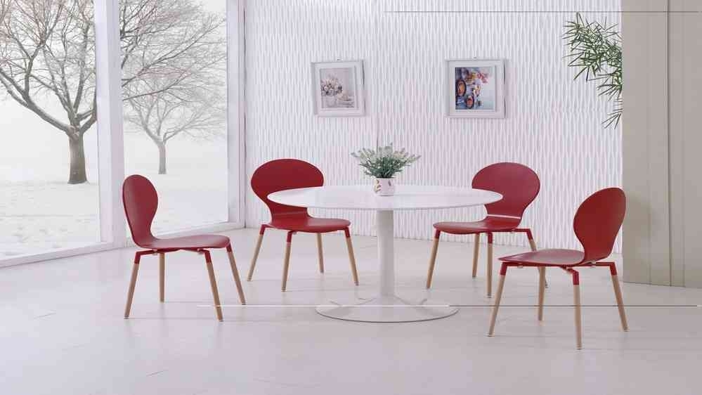 White Gloss Dining Table And 4 Red Pu Chairs – Homegenies For Red Gloss Dining Tables (Image 22 of 25)