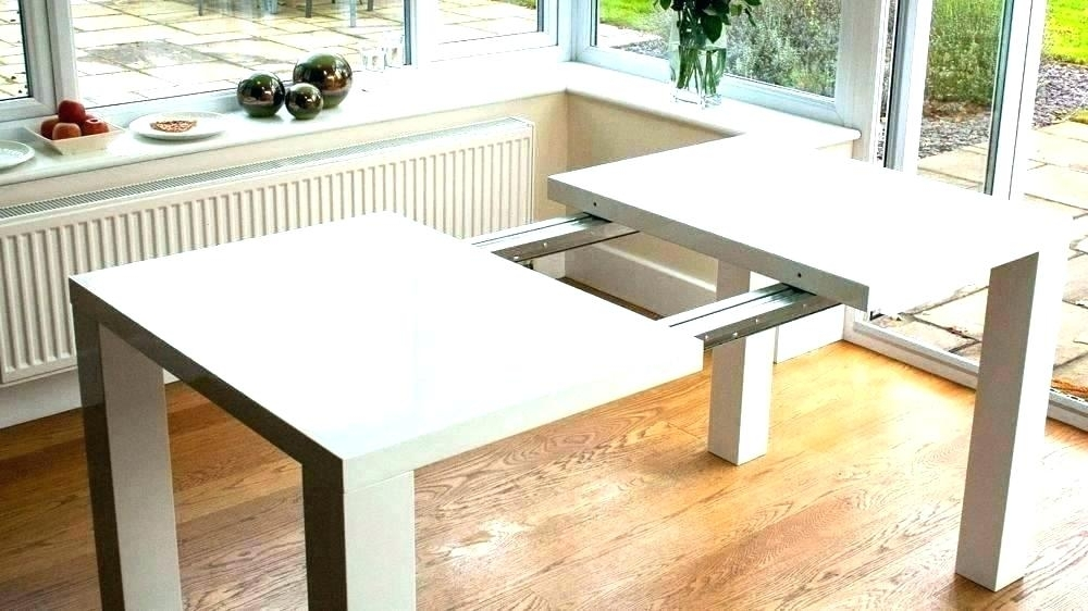 White Round Extendable Dining Table White Und Extending Dining Table In White Extendable Dining Tables And Chairs (Image 25 of 25)