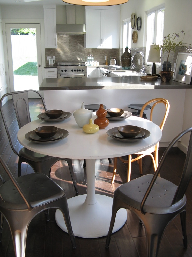Wonderfully Awesome Alternatives For Kitchen Table Sets Ikea | Decohoms With Ikea Round Dining Tables Set (Image 25 of 25)