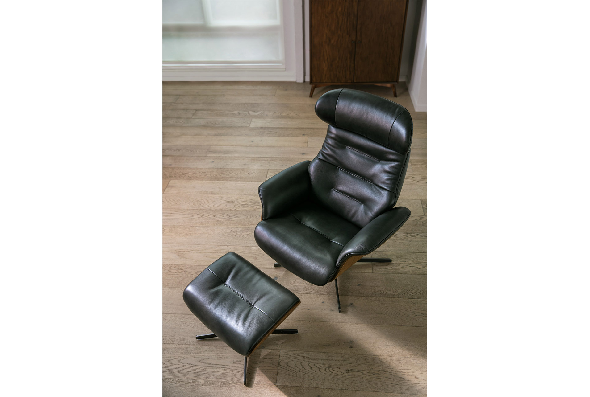 Amala Dark Grey Leather Reclining Swivel Chair & Ottoman In 2018 Intended For Amala Dark Grey Leather Reclining Swivel Chairs (Image 2 of 25)