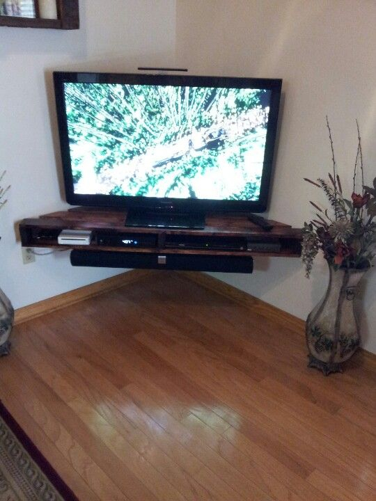 Best And Newest Small Corner Tv Stands With Muebles De Palets Para La Televisión (Image 4 of 25)