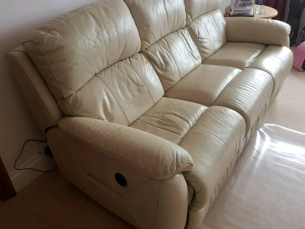 Cream Leather Dfs 3 Seater Sofa And Arm Chair | In Plymouth, Devon Inside Devon Ii Arm Sofa Chairs (View 13 of 25)