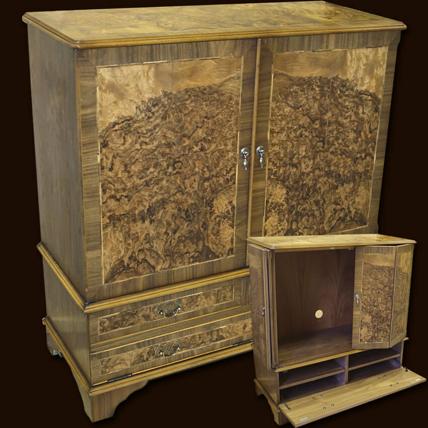 Enclosed Reproduction Tv Cabinet In Yew,mahogany,oak And Bespoke with regard to Most Recent Enclosed Tv Cabinets With Doors