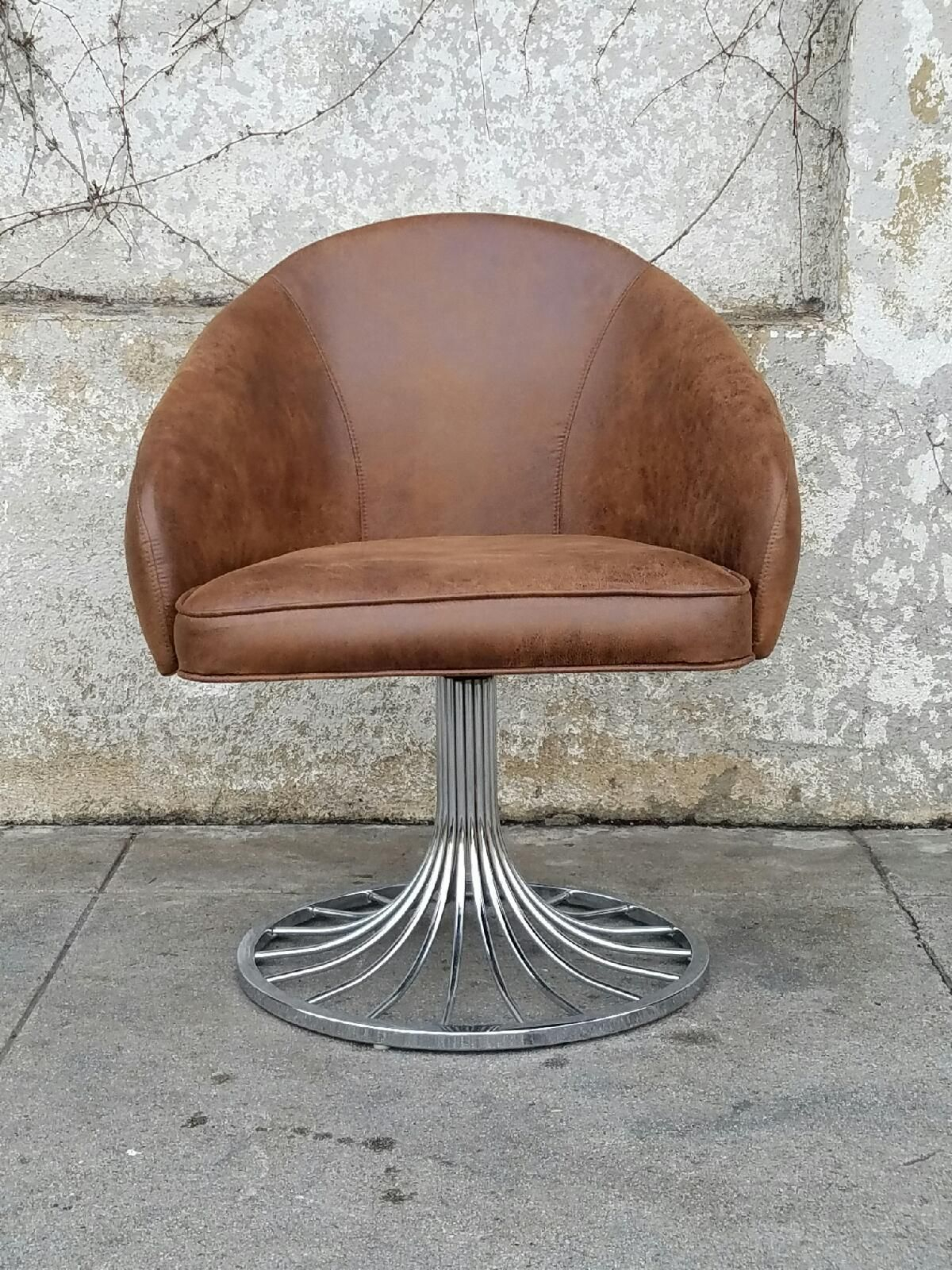 Faux Distressed Leather Vintage Swivel Chair In Tobacco Brown Regarding Swivel Tobacco Leather Chairs (View 7 of 25)