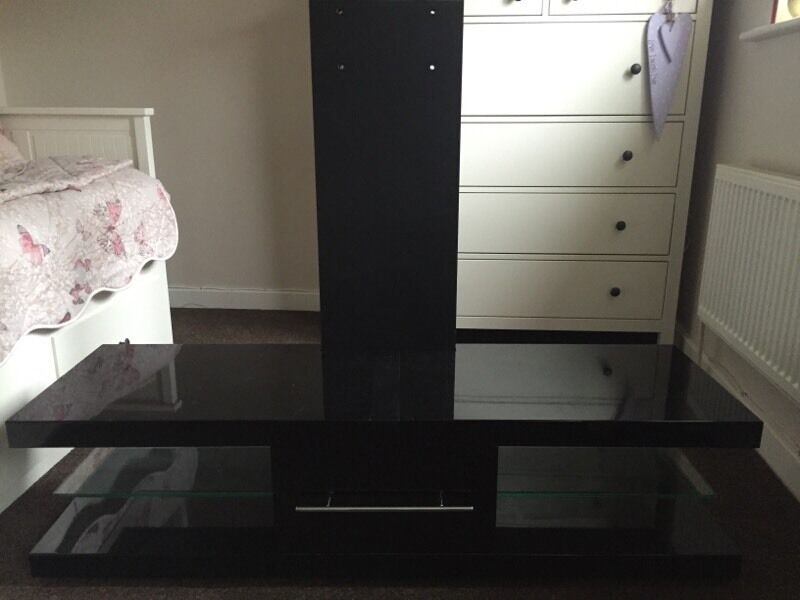 In Huntingdon, Cambridgeshire Throughout 2017 Techlink Echo Ec130Tvb Tv Stand (Image 9 of 25)