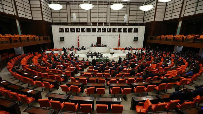 İşte 24 Haziran Seçimlerinde Meclis'e Giren Kadın Milletvekilleri Within Fashionable Kai 63 Inch Tv Stands (Image 10 of 25)