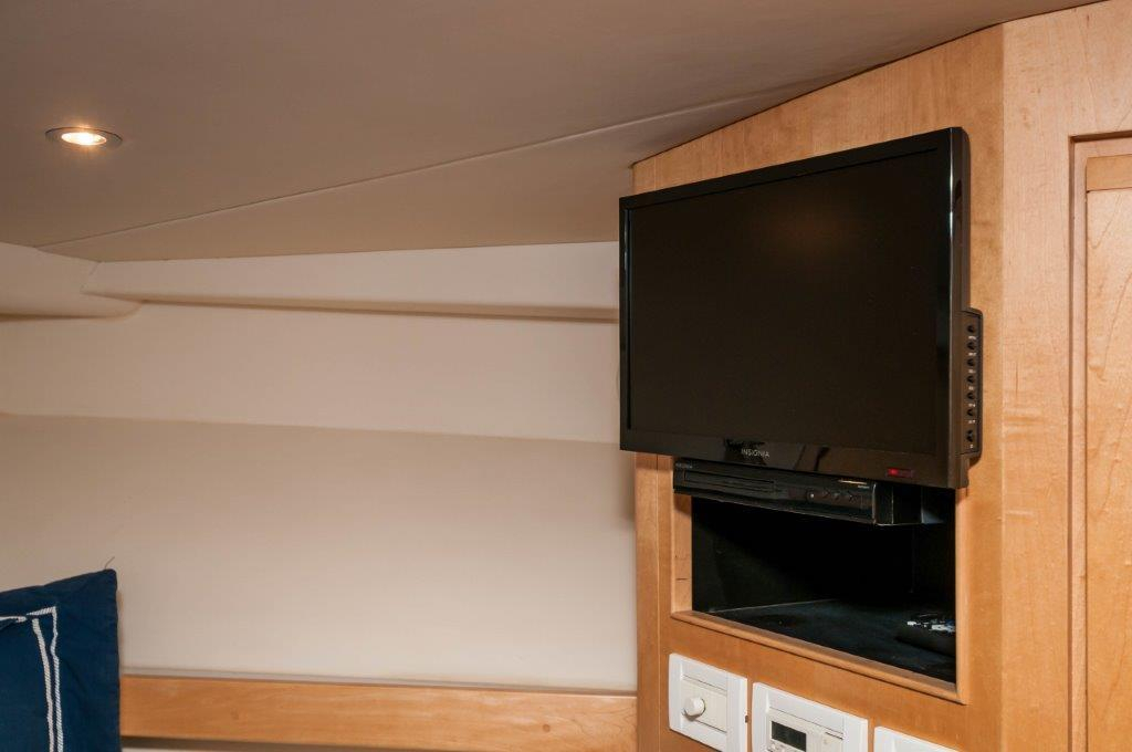 Lady Rosa Bertram 1998 60 Convertible 60 Yacht For Sale In Us For Famous Mikelson Media Console Tables (Image 8 of 13)