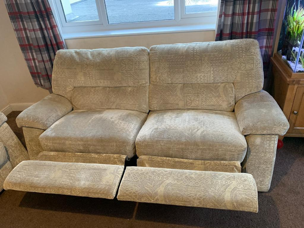 Large Reclining 2 Seater Sofa And 2 Arm Chairs | In Newton Abbot With Regard To Devon Ii Arm Sofa Chairs (View 12 of 25)