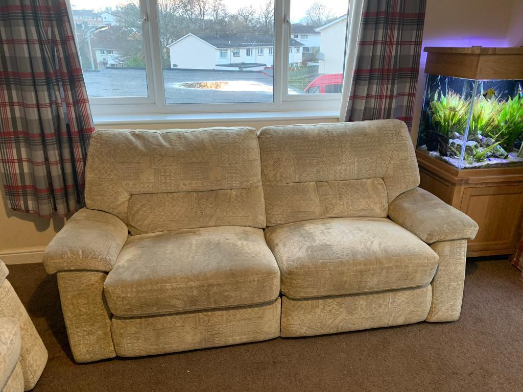 Large Reclining 2 Seater Sofa And 2 Arm Chairs | In Newton Abbot Within Devon Ii Arm Sofa Chairs (Image 16 of 25)