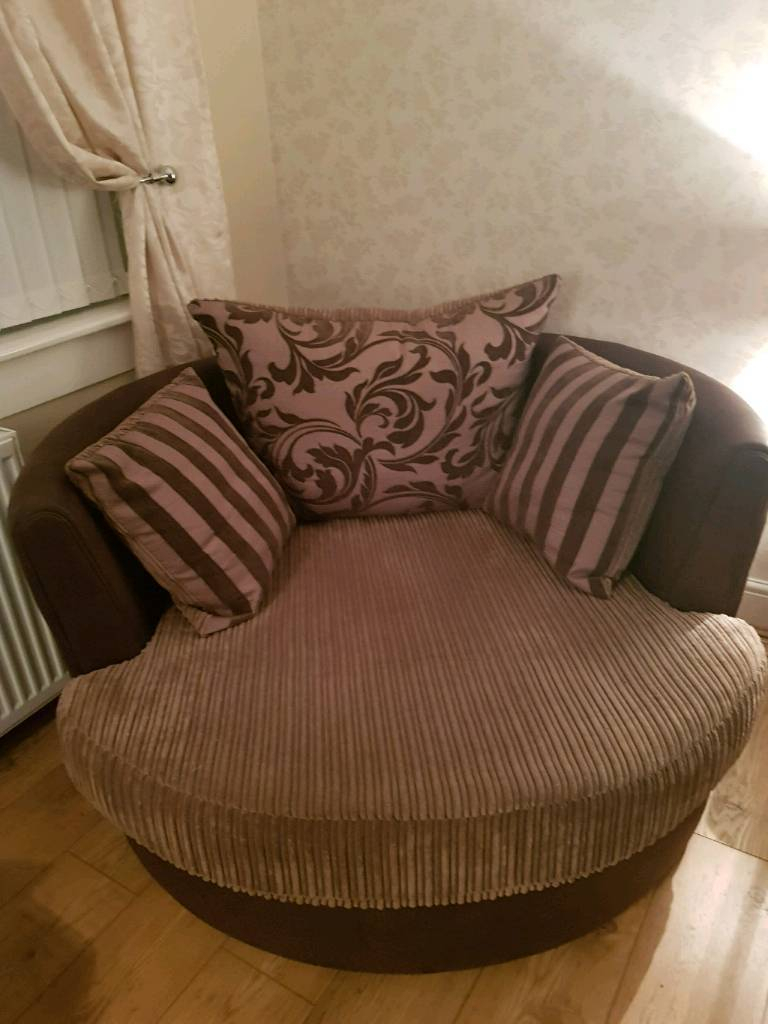 Large Swivel Chair | In Saltcoats, North Ayrshire | Gumtree In Katrina Beige Swivel Glider Chairs (View 24 of 25)