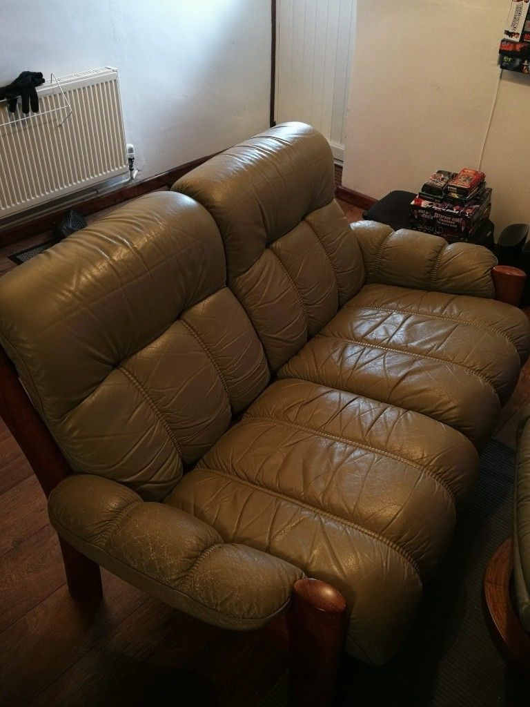 Leather 2 Person Sofa And Matching Arm Chair + Footstall | In Exeter Inside Devon Ii Arm Sofa Chairs (View 5 of 25)