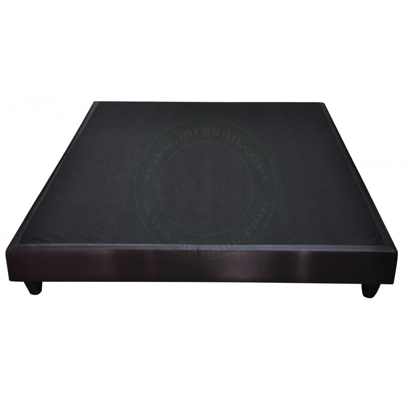 Oscar Queen Divan within Favorite Oscar 60 Inch Console Tables
