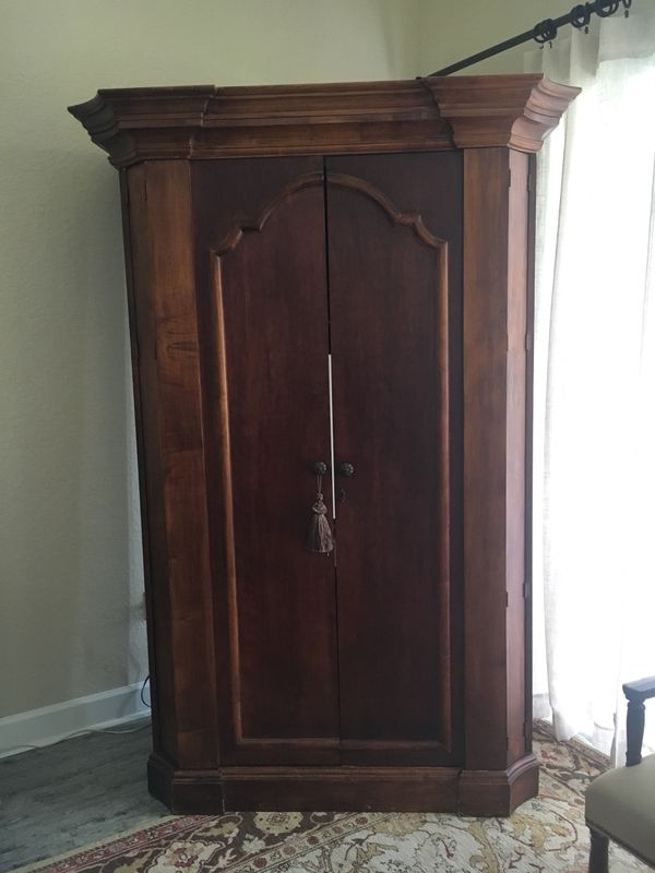 Well Known Wood Tv Armoire For Wood Tv Armoire Furniture For Sale In Orlando, Fl – Offerup (Photo 23 of 25)
