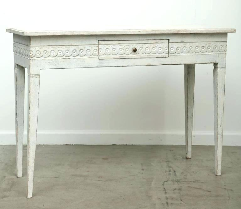 Well Liked Antique White Distressed Console Tables Within Distressed White Console Tables Distressed Sofa Table And White (Image 22 of 25)