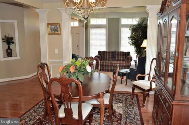 13821 Tarleton Ct, Gainesville, Va 20155 - 4 Beds/3.5 Baths for Tarleton 5 Piece Dining Sets
