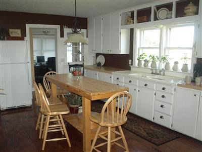 71401 Klinger Lake Rd, Sturgis, Mi 49091 Regarding Rarick 5 Piece Solid Wood Dining Sets (Set Of 5) (Image 8 of 25)