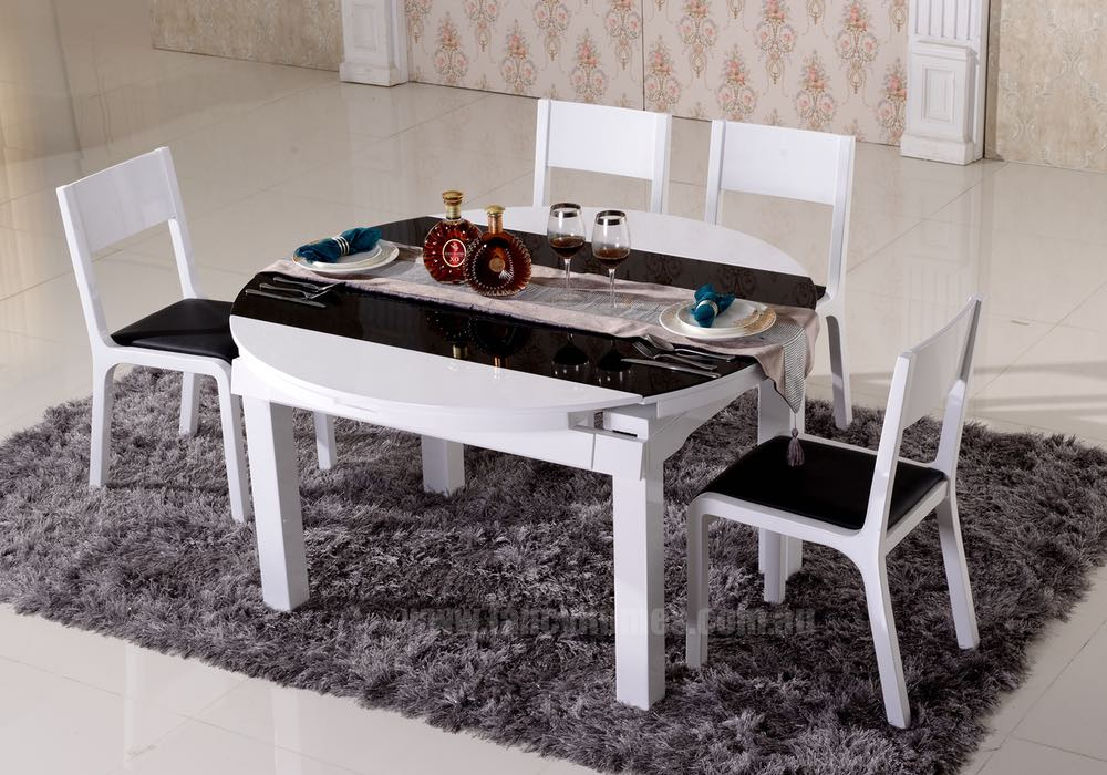 Acker 5 Piece Dining Set Throughout Wiggs 5 Piece Dining Sets (View 14 of 25)