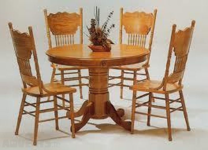 Country Chair Styles | Solid Oak Country Style Kitchen Chairs And Intended For Goodman 5 Piece Solid Wood Dining Sets (Set Of 5) (View 20 of 25)