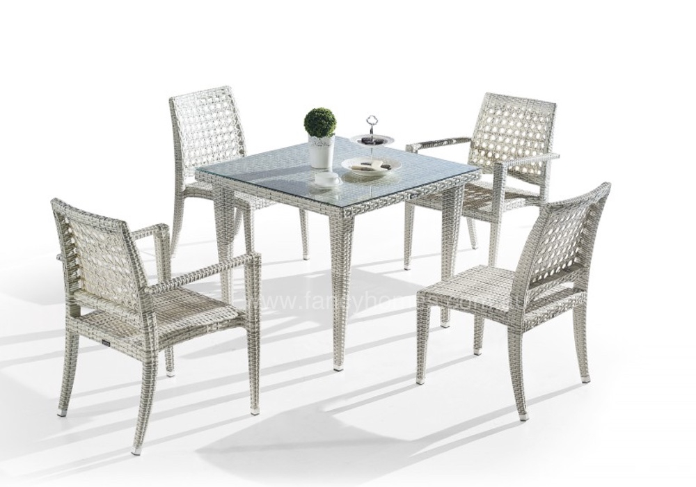 Favio 5 Pcs Dining Set In Wiggs 5 Piece Dining Sets (View 10 of 25)