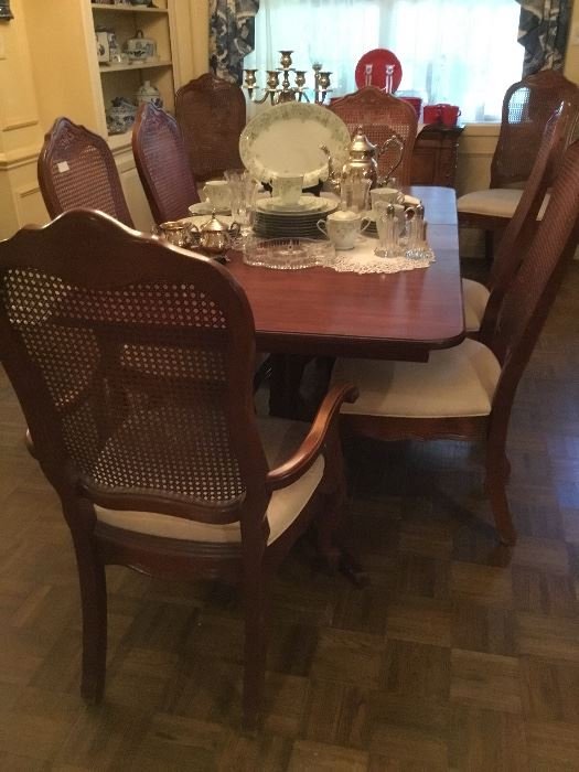 Giles Estate Sale In Texarkana, Ar Starts On 4/25/2019 In Giles 3 Piece Dining Sets (View 25 of 25)