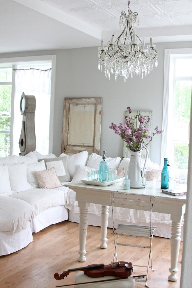 21+ Shabby Chic Furniture Ideas, Designs, Plans, Models Within Shabby Chic Sofas (View 4 of 15)