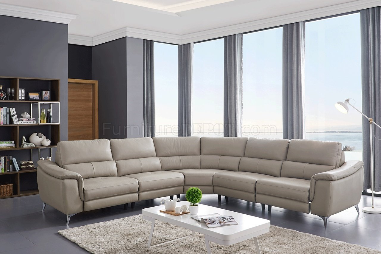 951 Power Motion Sectional Sofa Light Grey Leatheresf Inside Noa Sectional Sofas With Ottoman Gray (View 11 of 15)