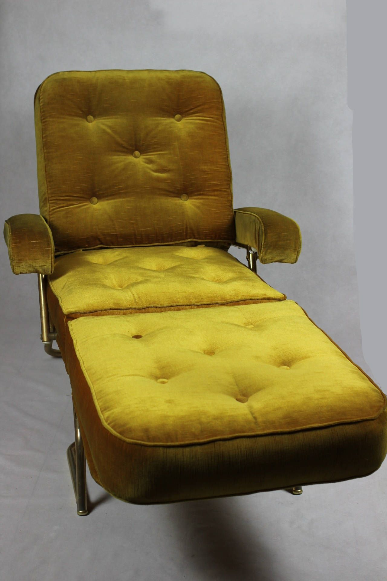 French Designer Chaise Longue // 1970'S Avacado Green Throughout French Seamed Sectional Sofas Oblong Mustard (View 15 of 15)
