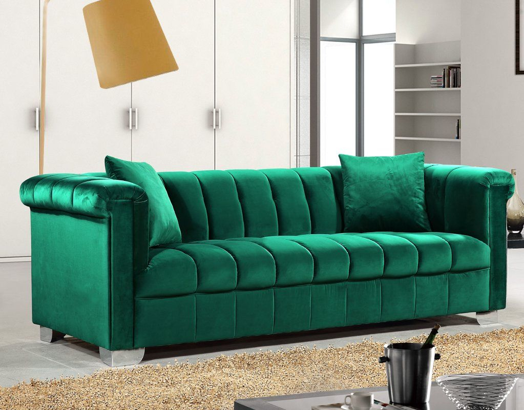 Henriette Chesterfield Sofa   Meridian Furniture Throughout Harmon Roll Arm Sectional Sofas (View 3 of 15)