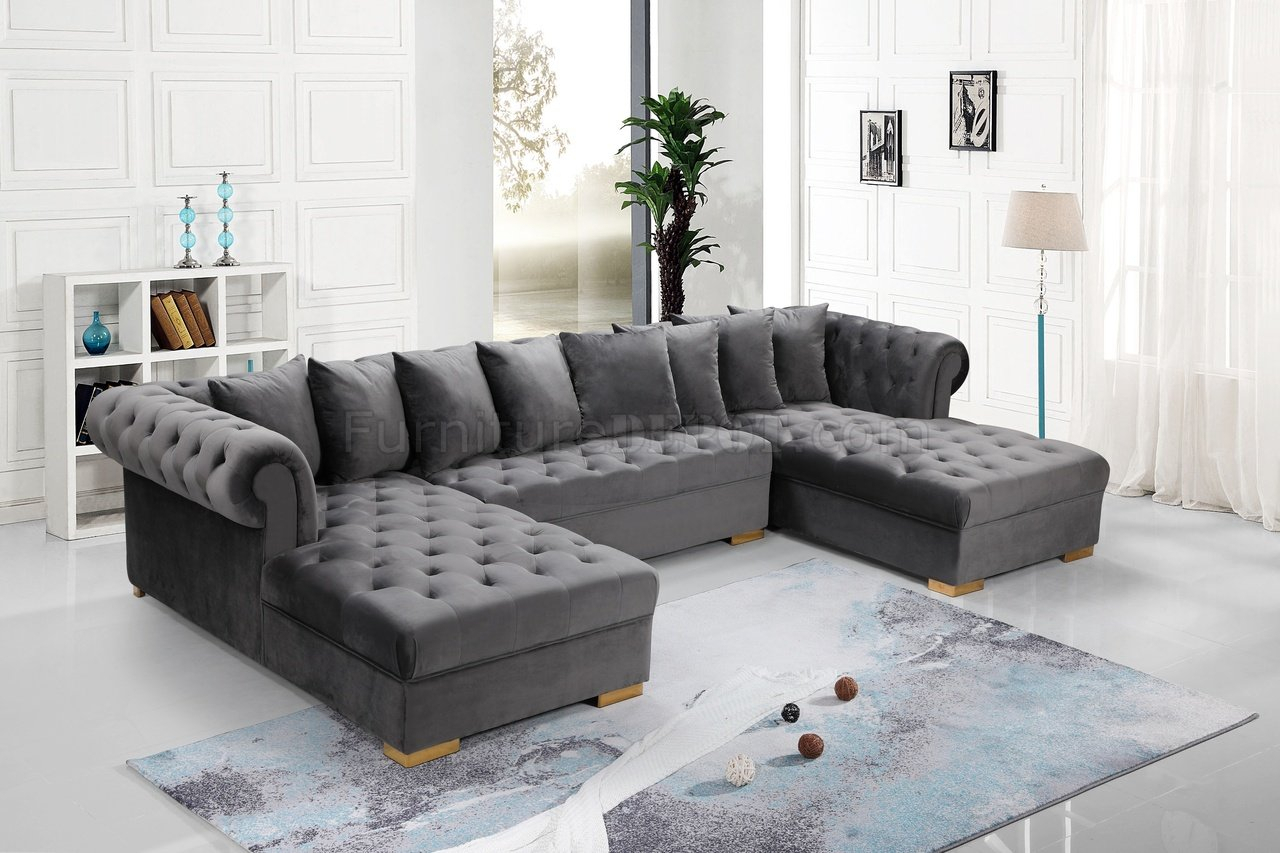 Presley Sectional Sofa 698 In Grey Velvet Fabricmeridian Intended For Noa Sectional Sofas With Ottoman Gray (View 9 of 15)
