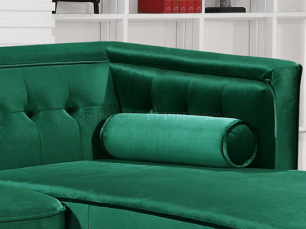 Taylor Sectional Sofa 643 In Green Velvet Fabricmeridian Within Green Sectional Sofas (View 8 of 15)