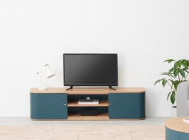 Tv Stands & Media Units (View 7 of 15)