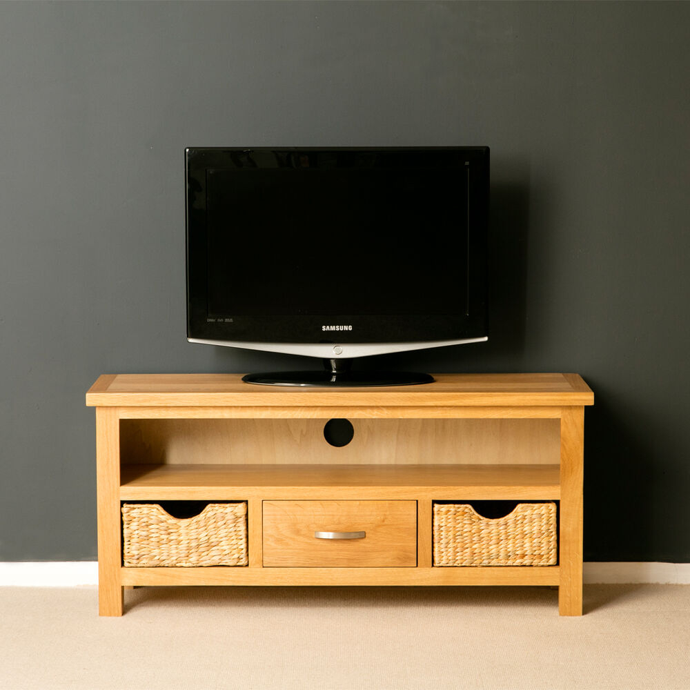 Recent Ivory Large Tv Stands For London Oak Tv Unit With Storage Baskets / Large Oak Tv (View 9 of 11)